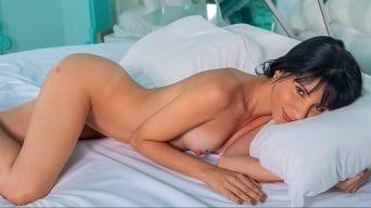 Atenas Andrade in 'Latin Lover'