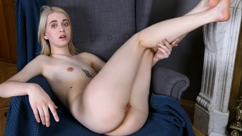 Clockwork Viktoria in 'Naughty Teen'