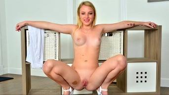 Dixie Lynn in 'Unzipped'