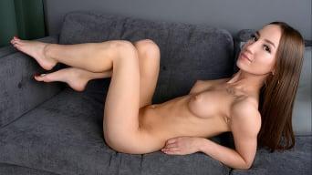 Kate Quinn in 'Intimate Desires'