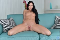 Lovenia Lux - Beautiful Babe (Thumb 14)
