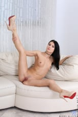 Nicol Black - Russian Beauty (Thumb 14)