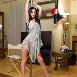Rita Raven in 'Nubiles' Feeling Myself (Thumbnail 3)