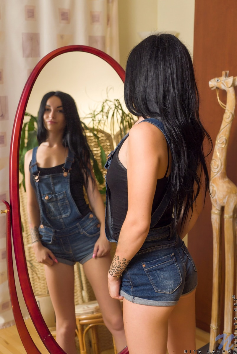 Nubiles 'Mirror Masturbation' starring Rita Raven (Photo 1)