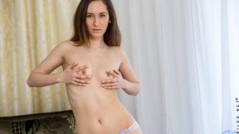 Sabrine in 'Sexy Brunette'