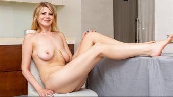 Sonya Jay in 'Amateur Pleasures'